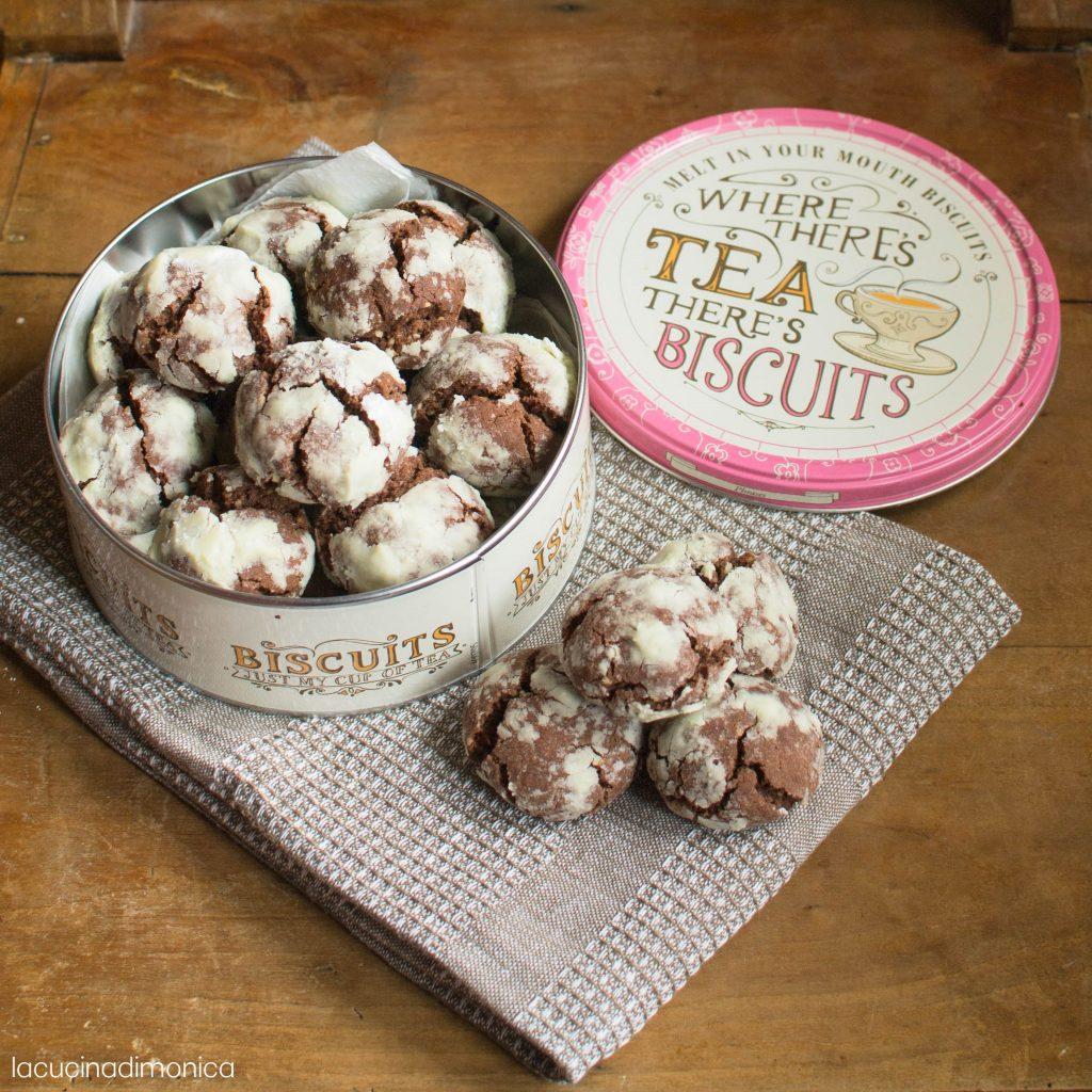 Cosa Cucinare Il 24 Dicembre biscotti morbidi al cioccolato - chocolate crinkles cookies